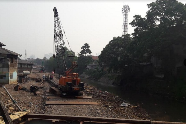 Normalisasi Sungai Ciliwung - Istimewa