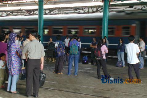 Ilustrasi keadaan di stasiun kereta