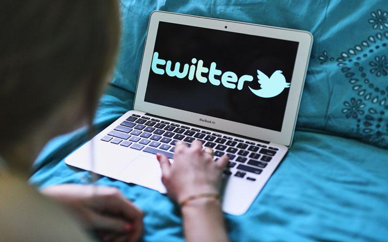 Ilustrasi logo Twitter - Bloomberg