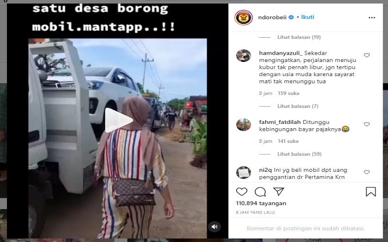 Video warga desa di Tuban, Jawa Timur memborong mobil baru viral di media sosial Instagram  -  Tangkapan layar IG @ndorobeii