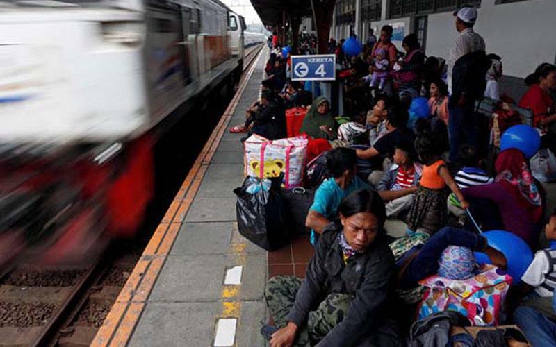 Stasiun Pasar Senen, Jakarta./Reuters - Agoes Rudianto