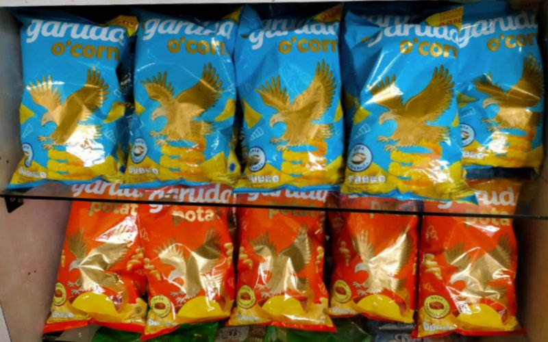 Garuda O'Corn yang merupakan inovasi dari hasil open collaboration menggandeng partner global yang telah sukses mengembangkan merek Bugles.   - Garudafood