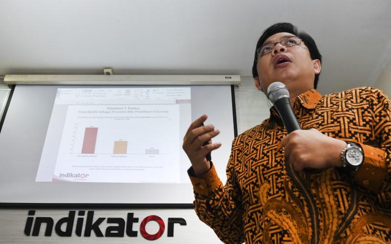 Direktur Eksekutif Indikator Politik Indonesia Burhanuddin Muhtadi - Antara/Hafidz Mubarak