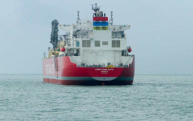 Kapal FSRU Jawa-1 bersandar di Pelabuhan Patimban - Bisnis/Asep Mulyana