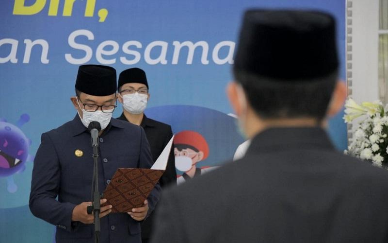 Gubernur Jawa Barat Ridwan Kamil dijadwalkan melantik Bupati dan Wakil Bupati Indramayu terpilih yakni pasangan Nina Agustina dan Lucky Hakim pada Jumat pekan ini