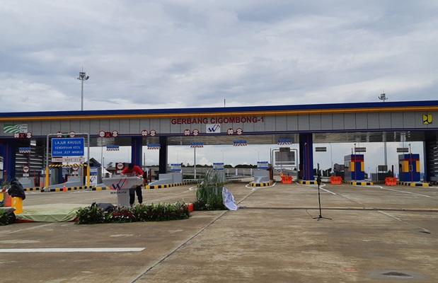 Gerbang Tol Cigombong, bagian ruas Ciawi--Cigombong yang diresmikan Presiden Joko Widodo, Sabtu (1/12/2018). - Bisnis.com/irene