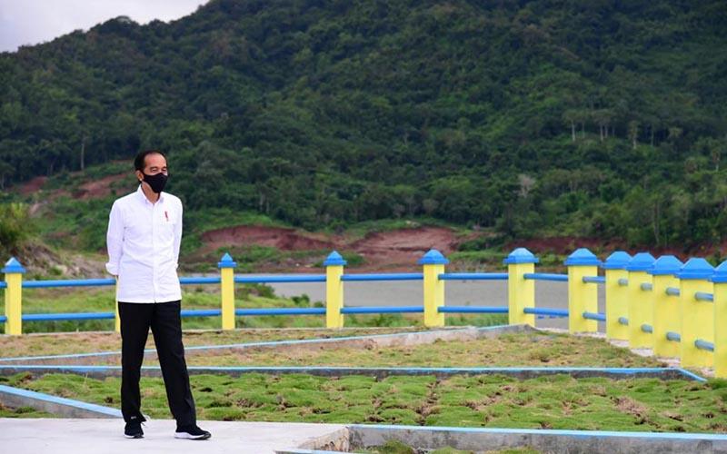 Presiden Joko Widodo saat melakukan kunjungan kerja ke Nusa Tenggara Timur untuk meresmikan Bendungan Napun Gete, Selasa (23/2/2020). - Biro Pers Sekretariat Presiden  -  Muchlis Jr