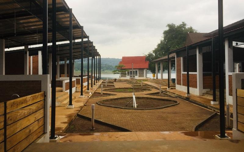 Pembangunan fasilitas kuliner di Kawasan Jatigede, Sumedang - Bisnis/Wisnu Wage