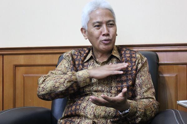 Direktur Utama PT Bank Sulutgo Jeffry A.M. Dendeng - Bisnis/Akhirul Anwar