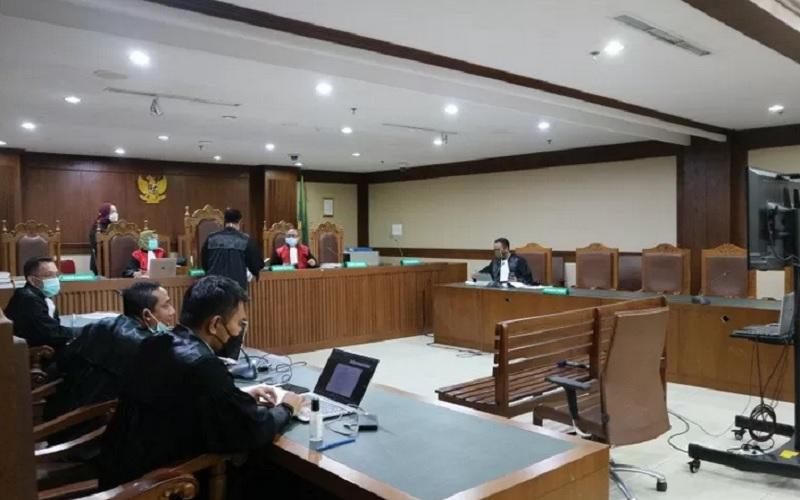 Suasana persidangan mantan panitera pengganti Pengadilan Negeri Jakarta Utara Rohadi di pengadilan Tindak Pidana Korupsi (Tipikor) Jakarta, Kamis (11/2/2021). - Antara