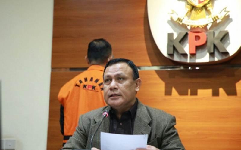 Arsip foto - Ketua KPK Firli Bahuri saat jumpa pers di Gedung KPK, Jakarta, Minggu (6/12/2020). - Antara/Humas KPK