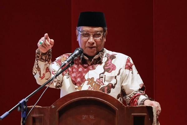 Ketua Umum Pengurus Besar Nahdlatul Ulama Said Aqil Siradj, memberikan sambutan pada peluncuran buku Tiga Tahun Jokowi Wujud Kerja Nyata, di Jakarta, Senin (6/11). - JIBI/Dwi Prasetya