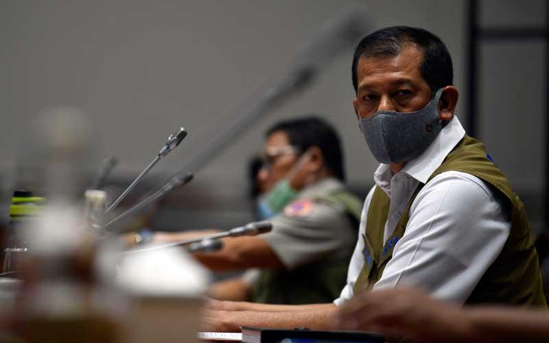 Kepala Badan Nasional Penanggulangan Bencana (BNPB) Letjen Doni Monardo mengikuti rapat kerja bersama Komisi VIII DPR di Kompleks Parlemen Senayan, Jakarta, Selasa (23/6/2020). ANTARA FOTO - Puspa Perwitasari