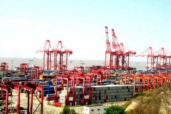 Pelabuhan Yangshan, salah satu pelabuhan terbesar di dunia - Bisnis/Yusuf W.J.