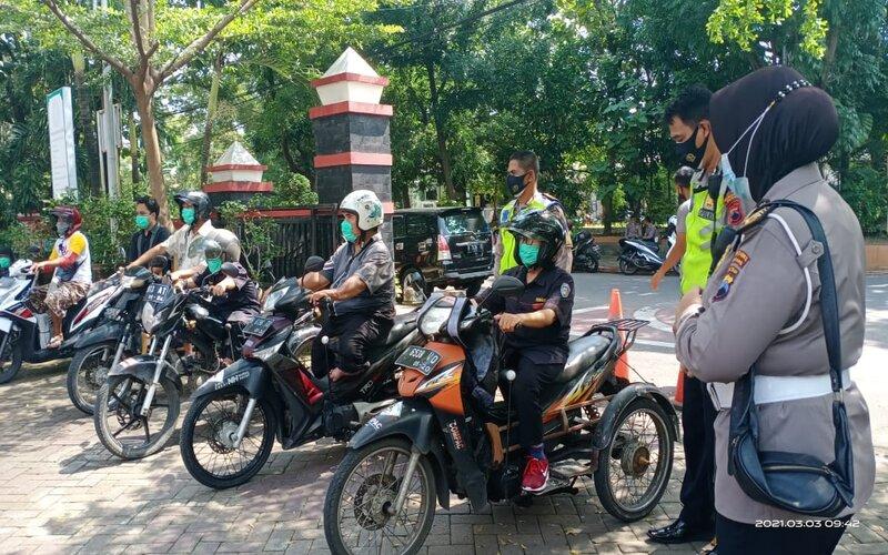 Polrestabes Semarang memberi pelatihan gratis kepada penyandang disabilitas. - Bisnis/Alif N.