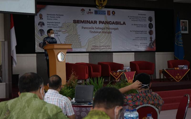 Wakil Kepala Badan Pembinaan Ideologi Pancasila Prof. Hariyono menyampaikan paparan pada Seminar Pancasila Sebagai Pencegah Tindakan Korupsi, Rabu (3/3/2021). - Istimewa