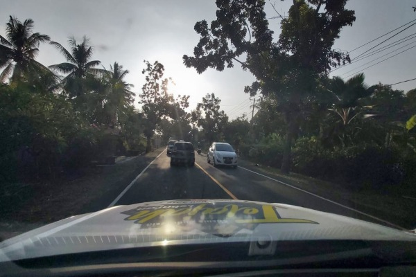 Ilustrasi - Kondisi lalu lintas di sepanjang Jalan Raya Denpasar--Gilimanuk, Bali, terpantau ramai lancar. - Bisnis/Jelajah Jawa Bali 2019