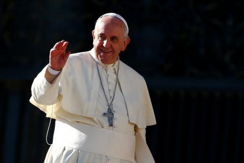 Jose Mario Bergoglio atau yang lebih dikenal sebagai Paus Fransiskus - Reuters
