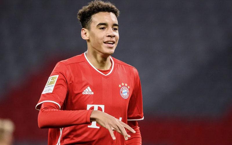 Gelandang Bayern Munchen Jamal Musiala. - Bundesliga.com