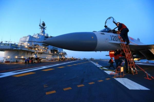 Kapal induk China - Reuters/Stringer