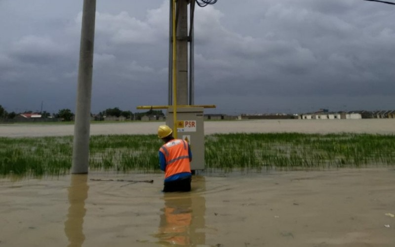 Ilustrasi: Gardu listrik terendam banjir di Jawa Barat./ANTARA - HO/PLN