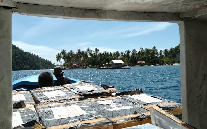 Zona Inti KKPD Kota Padang memiliki terumbu karang yang baik, jauh dari muara sungai, dan tidak ada pemanfaatan di sana.  - KKP