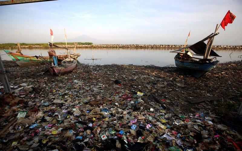 Masalah sampah di wilayah Segitiga Rebana