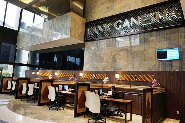 Suasana di kantor Bank Ganesha. - Istimewa