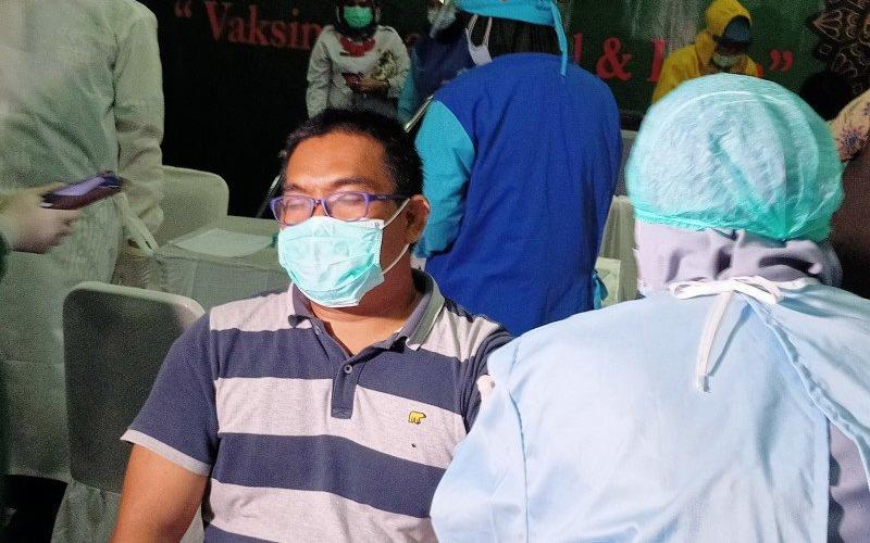 Suasana vaksinasi di Kantor Pusat Majelis Ulama Indonesia, Rabu (3/3/2021). MUI menyebut ada 250 pengurus yang divaksin di tahap pertama. Tahap kedua akan berlangsung dua pekan mendatang. - Antara