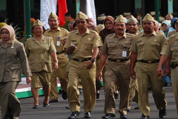 Pegawai Negeri Sipil - Antara