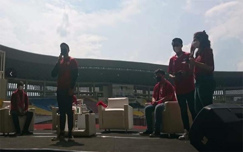 Kaesang Pangarep berpidato saat pengumuman owner baru Persis Solo di Stadion Manahan, Sabtu (20/3/2021) siang. JIBI - Solopos/Chrisna Chanis Cara)