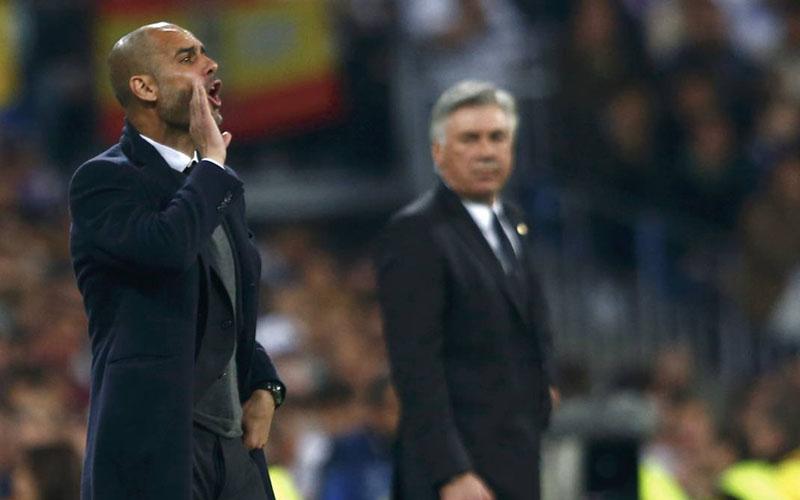 Pelatih Manchester City Pep Guardiola (kiri) dan pelatih Everton Carlo Ancelotti. - Diario AS