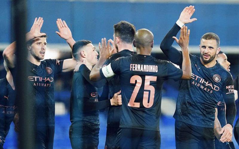 Pemain Manchester City merayakan kemenangan atas Everton. - Twitter@ManCity