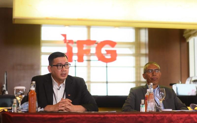 (Dari kiri ke kanan) Direktur Keuangan dan Umum IFG Rizal Ariansyah dan Direktur Utama IFG Robertus Billitea - Istimewa