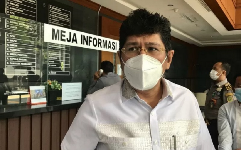 Koordinator Tim Kuasa Hukum pengurus pusat Partai Demokrat Mehbob memberi keterangan usai mengikuti sidang penetapan pencabutan gugatan Marzuki Alie Cs di Pengadilan Negeri Jakarta Pusat, Jakarta, Jumat (26/3/2021). - Antara