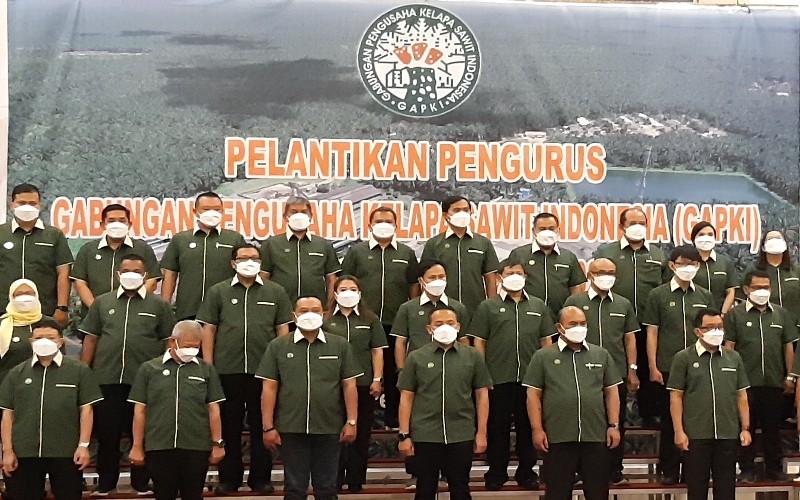 Pelantikan Pengurus GAPKI Riau, Jumat (26/3/2021). Gabungan Pengusaha Kelapa Sawit Indonesia (GAPKI) Provinsi Riau menyatakan akan mengakselerasi peremajaan sawit rakyat.  - Istimewa