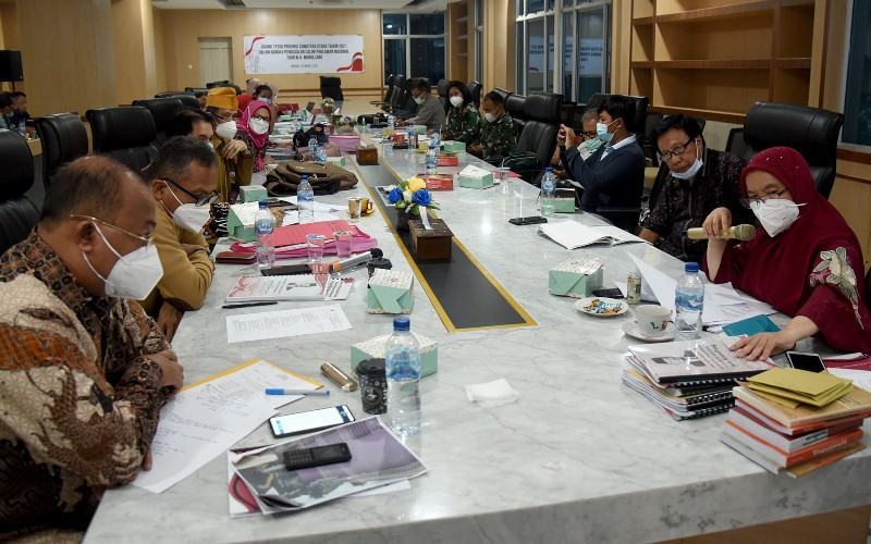 Sidang pembahasan usulan calon Pahlawan Nasional yang dilaksanakan di Ruang Rapat Lantai 2, Kantor Gubernur Sumut - Istimewa