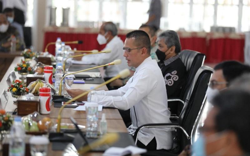 Wakil Gubernur Sumut Musa Rajekshah menghadiri Rapat Koordinasi Pengawasan Intern Keuangan dan Pembangunan Provinsi Sumut di Aula Tengku Rizal Nurdin, Rumah Dinas Gubernur - Istimewa