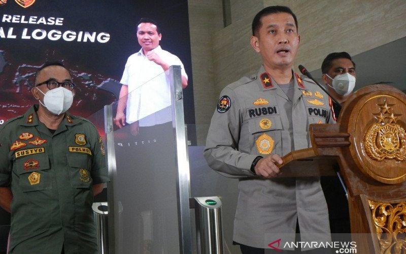 Kepala Biro Penerangan Masyarakat Polri Brigjen Pol Rusdi Hartono (kanan) - Antara/Anita Permata Dewi