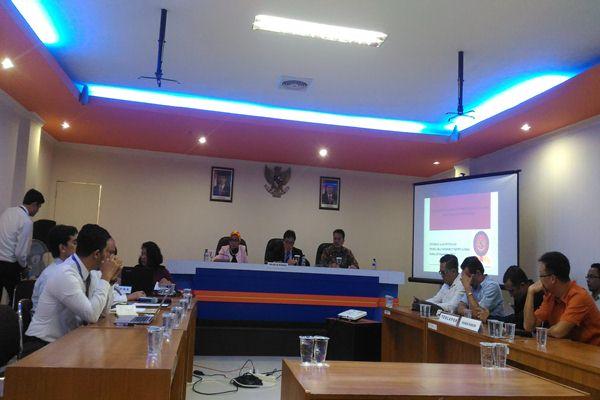Ilustrasi: Proses sidang KPPU atas perkara persekongkolan dua perusahaan di Kutai Kartanegara - Bisnis/Nadya Kurnia