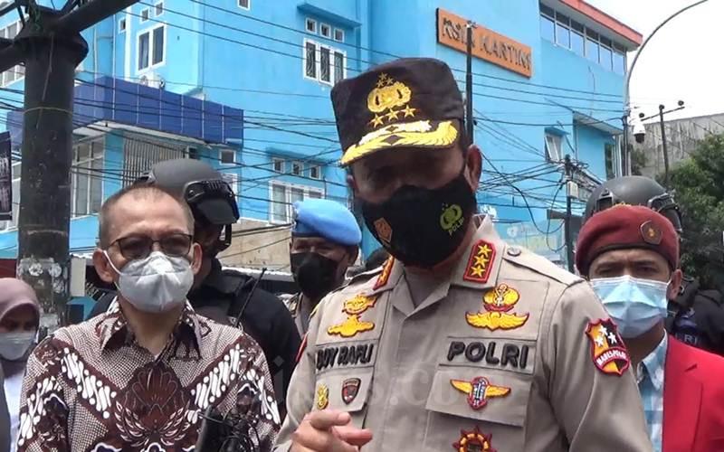 Kepala Badan Nasional Penanggulangan Teroris (BNPT) Komjen Pol. Boy Rafli Amar, Senin (29/3/2021), mengunjungi Gereja Katedral Makassar pascabom bunuh diri pada Minggu. - Bisnis/Wahyu Susanto