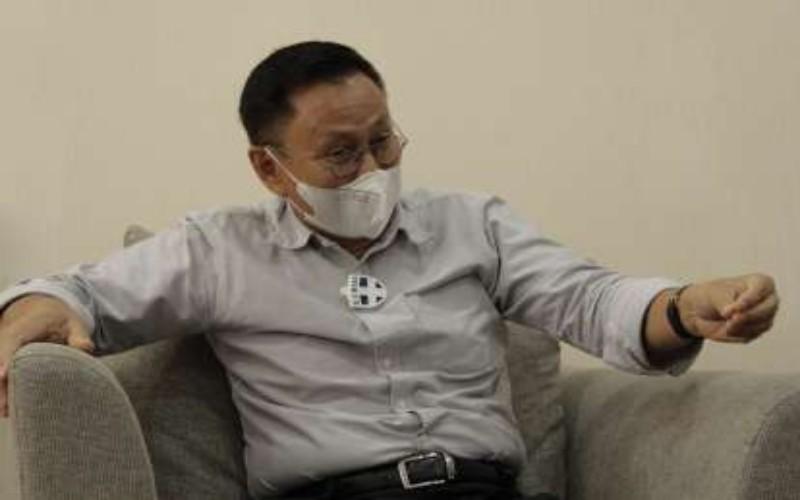 Kepala OJK Riau, Yusri. Bisnis - Arif Gunawan