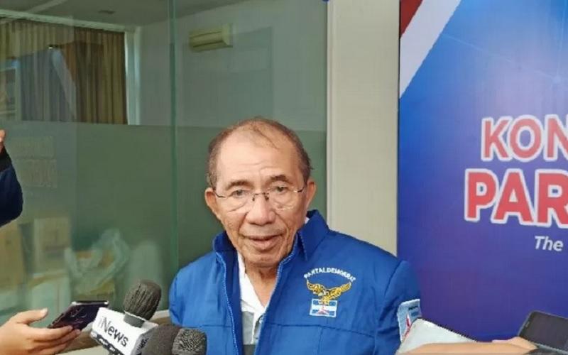 Politisi Senior Partai Demokrat Max Sopacua. - Antara