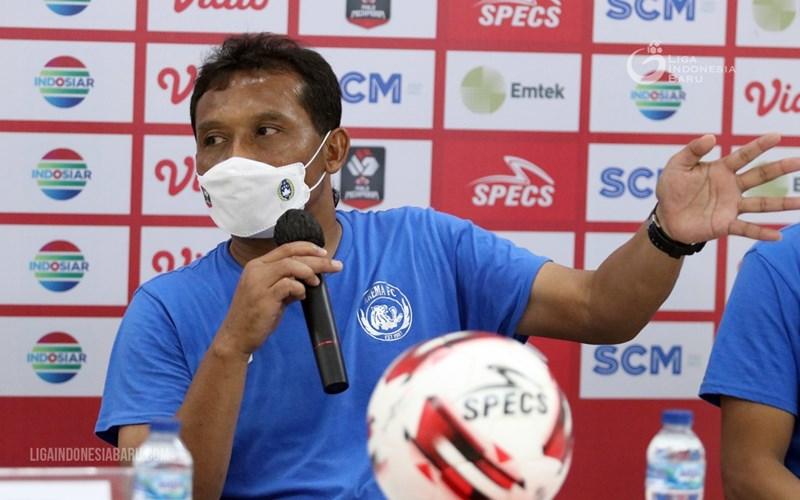 Pelatih Arema FC, Kuncoro - Liga Indonesia