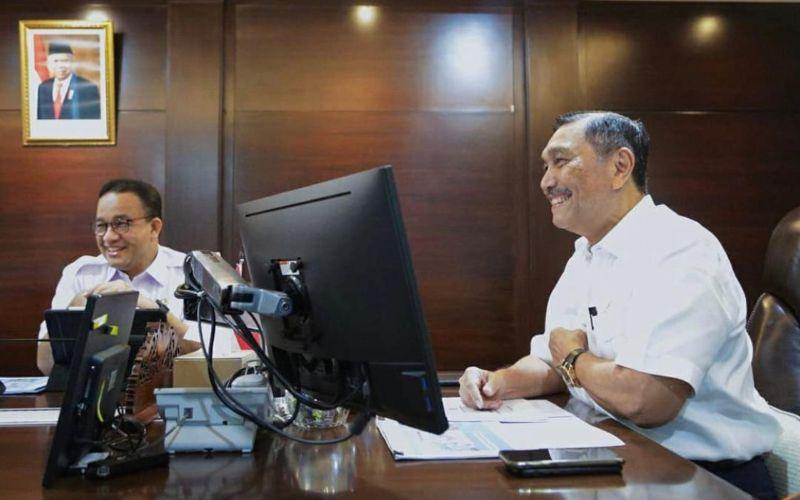 Menko Maritim dan Investasi Luhut Binsar Pandjaitan bertemu dengan Gubernur DKI Jakarta Anies Baswedan di Kantor Kemenko Maritim dan Investasi, Jakarta, Rabu, 10 Maret 2021 / Instagram