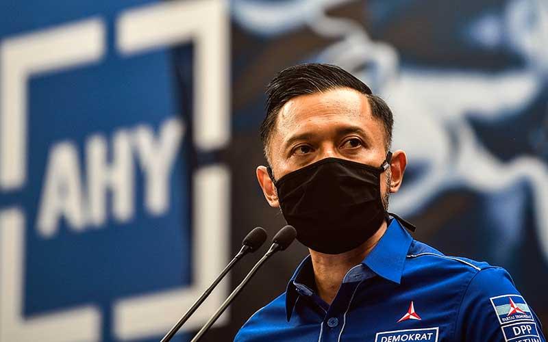 Ketua Umum DPP Partai Demokrat Agus Harimurti memberikan keterangan pers di kantor DPP Partai Demokrat , Jakarta, Senin (1/2/2021). ANTARA FOTO -  Muhammad Adimaja