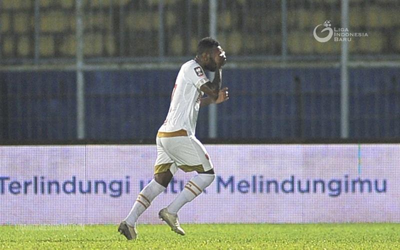 Striker PSM Patrich Wanggai - Liga Indonesia