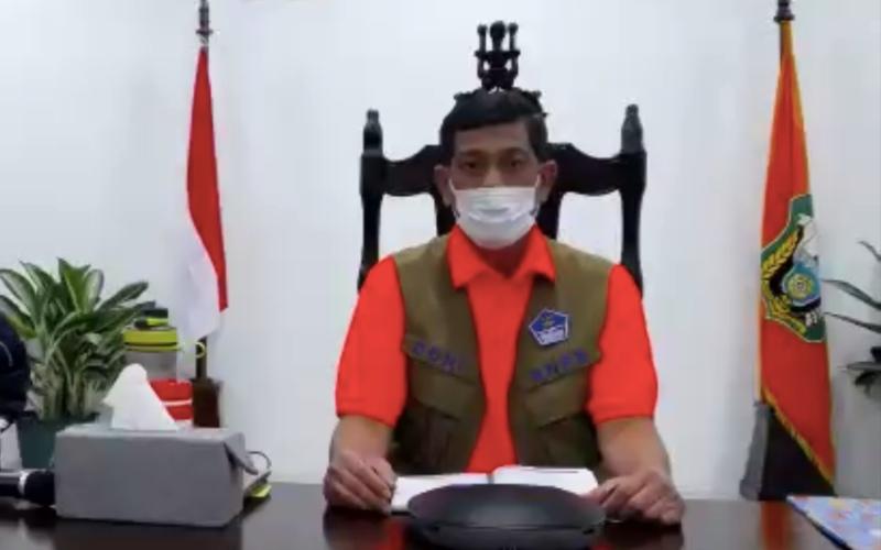 Kepala Badan Nasional Penanggulangan Bencana (BNPB) Letjen TNI Doni Monardo memberikan keterangan dalam konferensi pers virtual terkait penanganan dampak bencana alam tersebut bersama sejumlah pemangku kepentingan lain, Senin (5/4/2021) malam - Bisnis/Oktaviano DB Hana