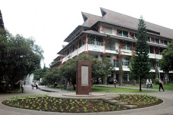 Kampus ITB di Bandung Jawa Barat - wikipedia