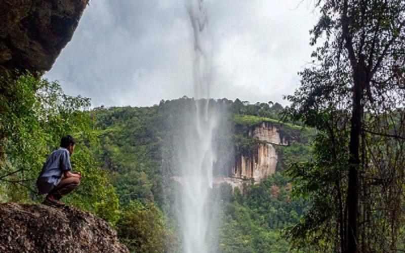 Objek wisata Air Terjun Batu Tilam, Kampar, Riau  -  Istimewa